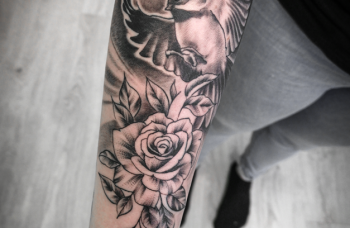 Růže a pták